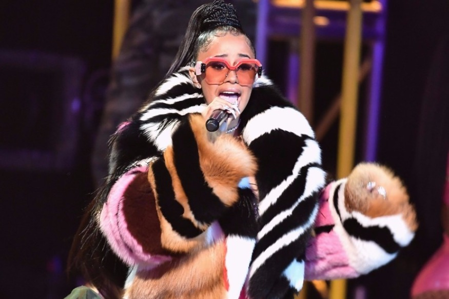 "Cardi B Earns ""Hustler Of The Year"" Honor At 2017 BET Hip Hop Awards"