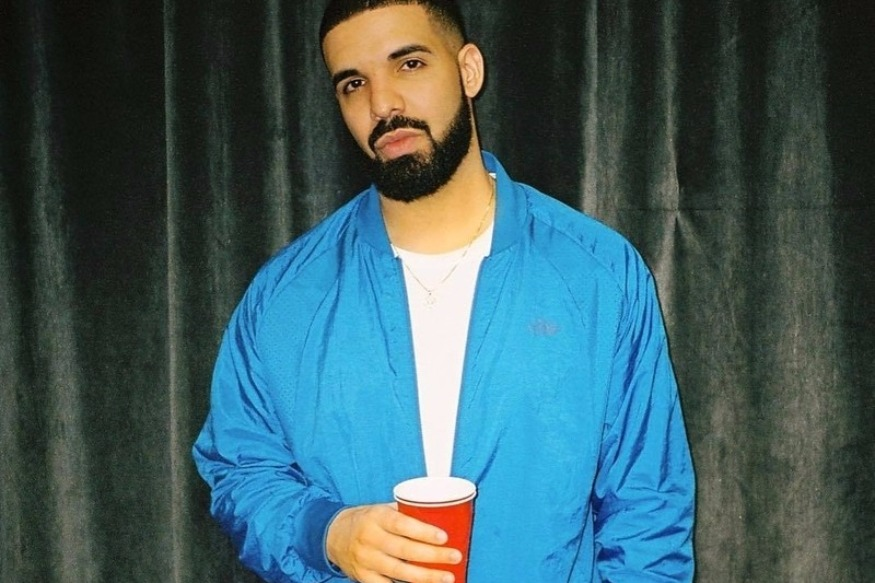 Wrath Of 6 God: Drake Blasts Creepy Fan For Groping Women